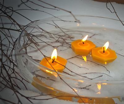 Plovoucí svíčka ze včelího vosku - 1
