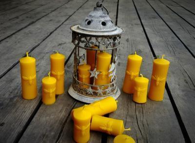 Velká svíčka se včelou ze včelího vosku - 2
